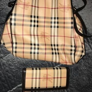 Authentic Burberry Haymarket Check Canter & Wallet